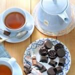 Bonbons met koffie, honing en cacao