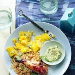 Kippenpootjes met sojasaus en gebakken rijst